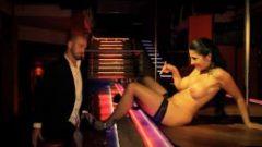 Casal Amador Português grava video caseiro de sexo anal